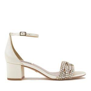 NEW Badgley Mischka Triana Ivory Block Heel Sandal